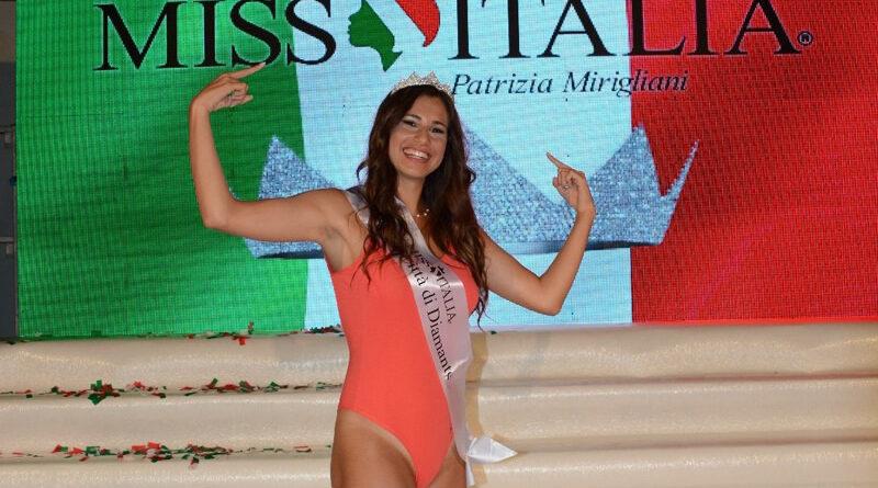 Francesca Tiziana Russo subito dopo l'elezione a Diamante